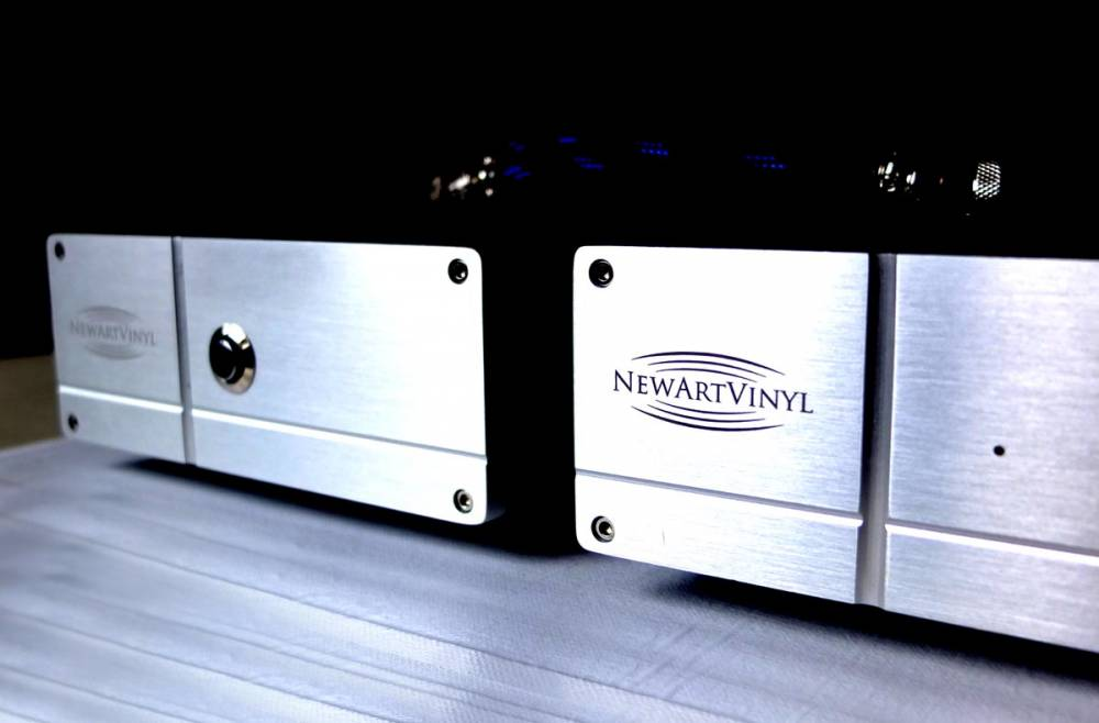 Фонокорректоры Sugden Optima Phono Amplifier, NewArtVinyl ММ/МС Phono Preamplifier Twin Deck Reference